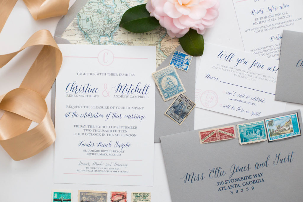 Mailing Wedding Invitations: Everything you need to know before visiting the post office!