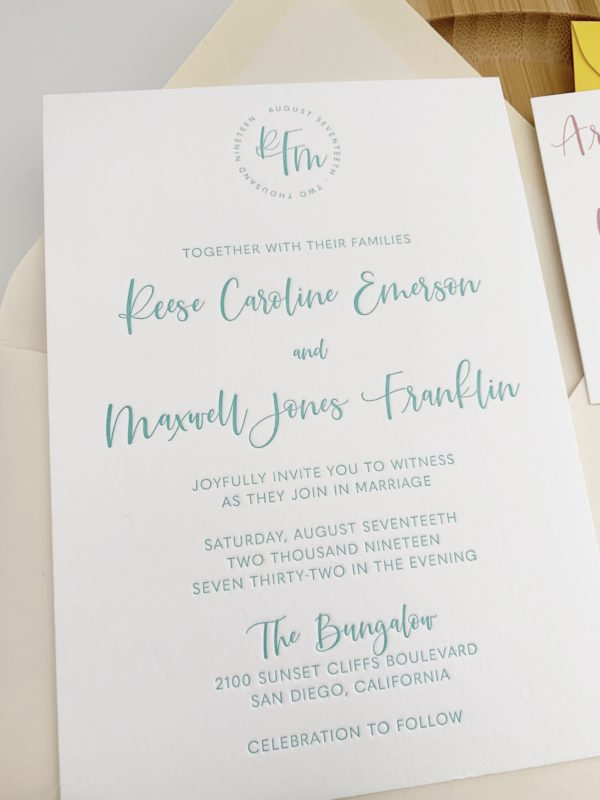Modern-Monogram-Wedding-Invitations